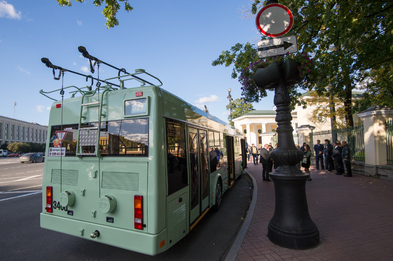 Из-за пожара в центре Петербурга перекрыто движение троллейбуса маршрута №10