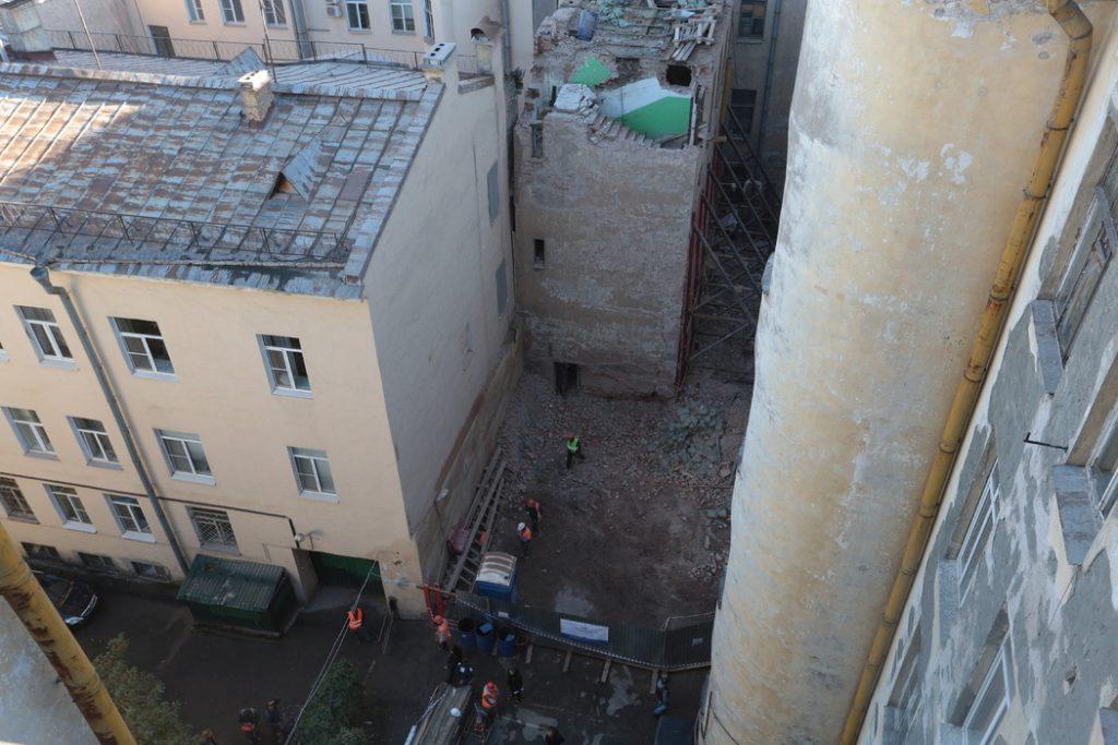 Ещё три дома попали в список расселяемых аварийных объектов в Петербурге