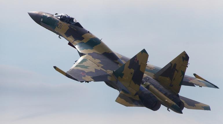 Российские истребители вылетали на перехват самолета США над Японским морем