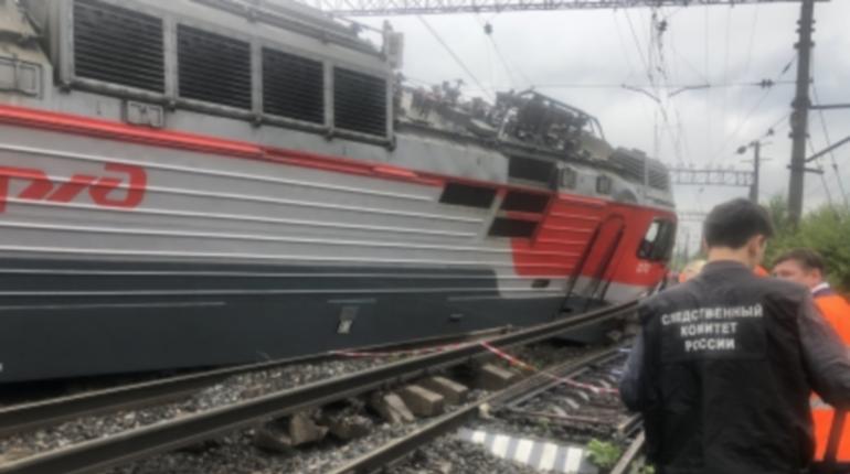 Столкновение поездов, ливень и потоп: главные новости Петербурга 28 июля