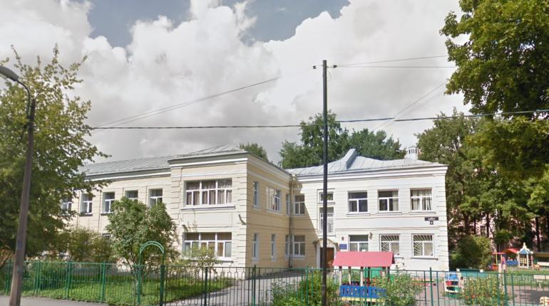 Дом ребенка №6, где шесть сотрудников заболели COVID-19, получил предупреждение