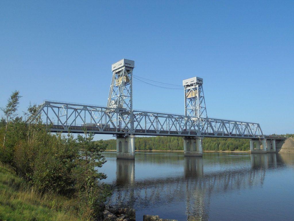 Строительство моста в Подпорожье ускорили в два раза