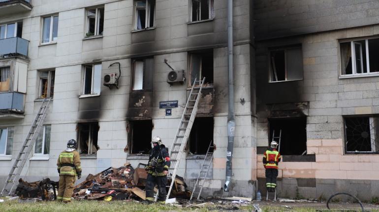 Как выглядит дом на Краснопутиловской после взрыва: фоторепортаж «Мойки78»