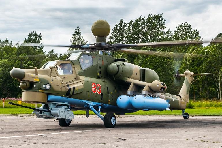 В Петербурге два вертолета Ми-28УБ передали на вооружение полку Ленинградской армии