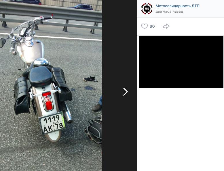 Мотоциклист погиб аварии с минивэном на внешнем кольце КАД