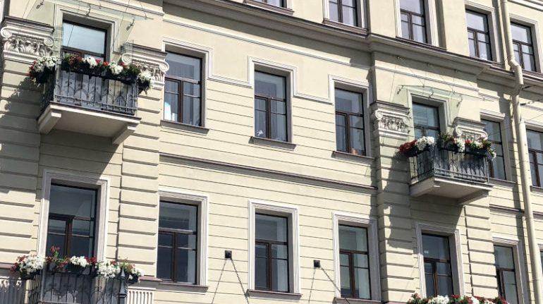 Власти Петербурга продлили «балконную амнистию» до 2030 года