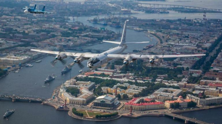 В Петербурге завершился Главный военно-морской парад