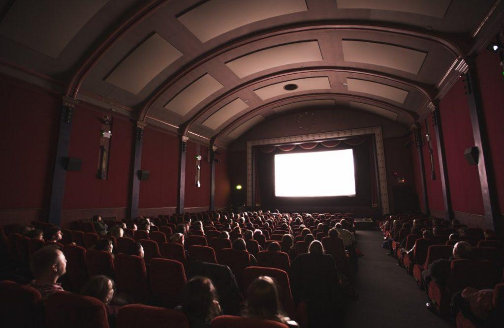 Запасайтесь попкорном: мировые кинопремьеры, которые все же выйдут на широкие экраны  в 2020-м году