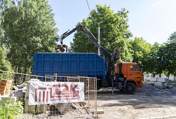 Теплоэнергетики проверяют трубы в четырех районах Петербурга