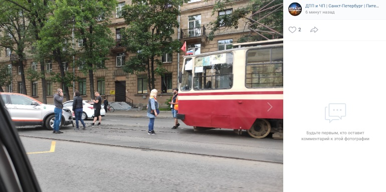 ДТП с каршерингом остановило трамваи на Энгельса