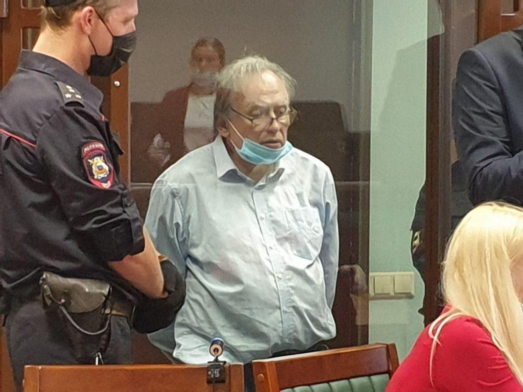 Историк Соколов раскрыл подробности расчленения тела Ещенко