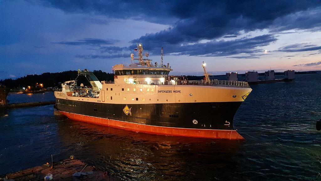 Большое плавание: таулер «Баренцево море» вышел в Балтийское море