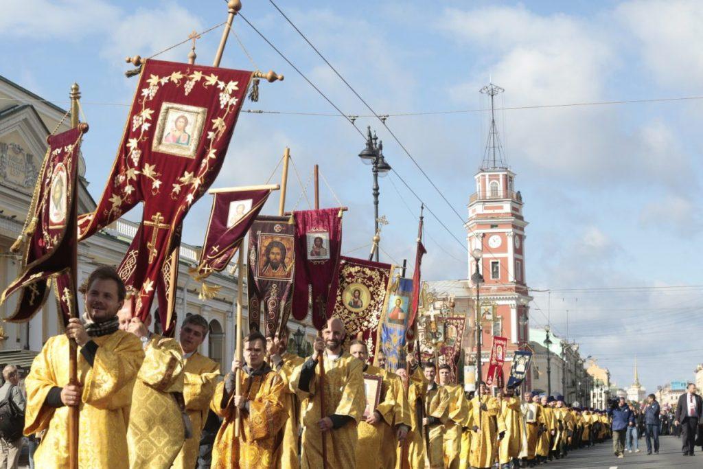 Коронавирус отменил крестный ход по Невскому проспекту 12 сентября