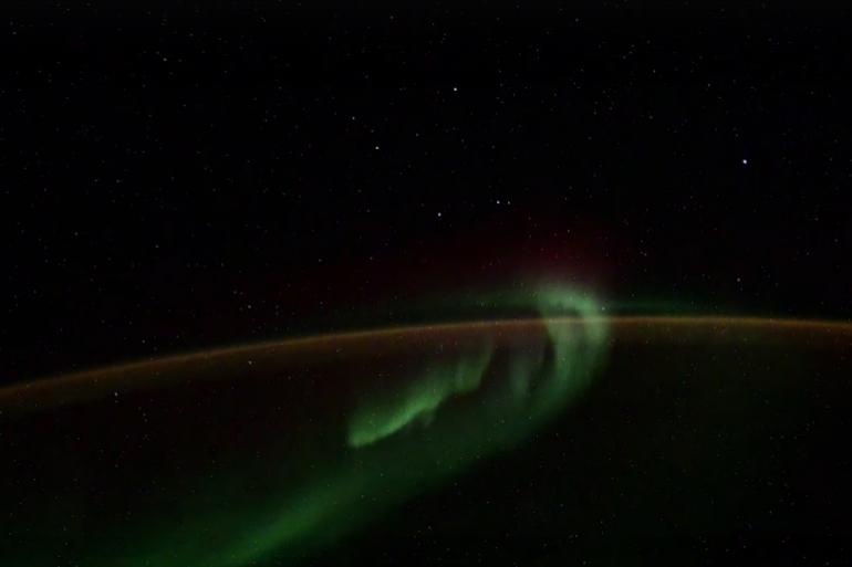 Петербургский космонавт показал «иного» на орбите