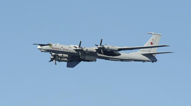 Истребители НАТО сопроводили самолеты России над Тихими океаном