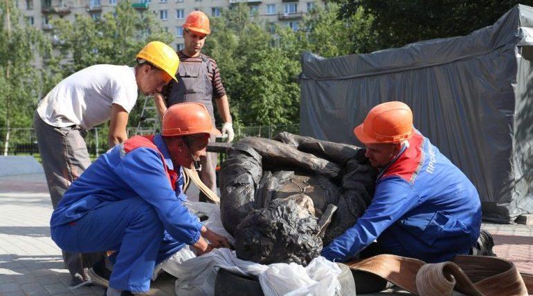 Памятник Цою и новый совладелец «Стройтрансгаза»: главное в Петербурге на 14 августа