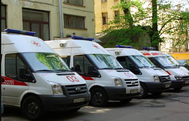 День работника скорой помощи, запрет парковки на газонах, штрафы в метро и другое в дайджесте «Мойка78»