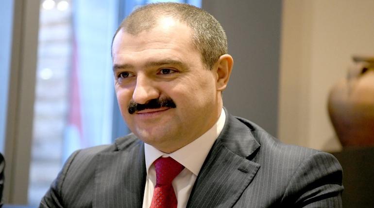 Старший сын президента Лукашенко дал белорусской оппозиции совет
