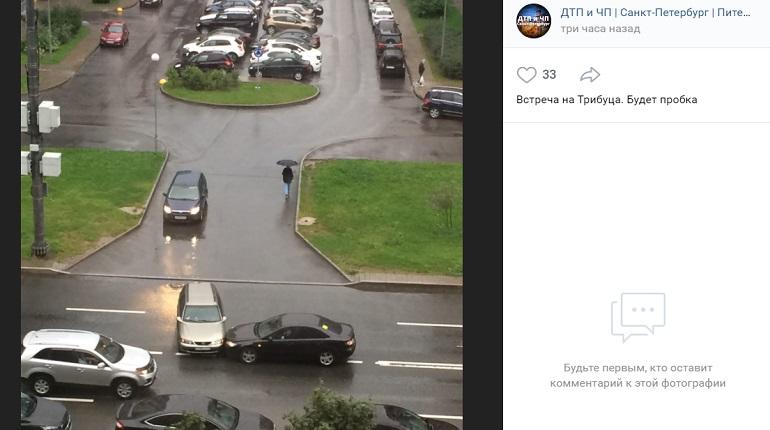На улице Адмирала Трибуца два автомобиля угодили в ДТП