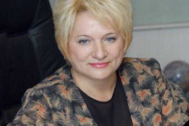 Экс-министр социальных отношений скончалась на 72-ом году жизни из-за коронавируса
