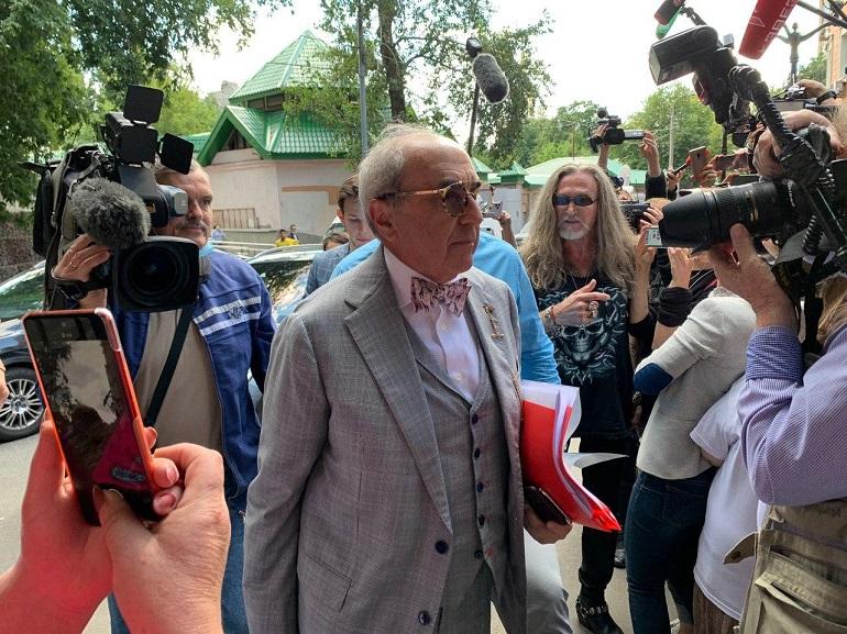 Ефремов заявил об отличных отношениях с сокамерниками