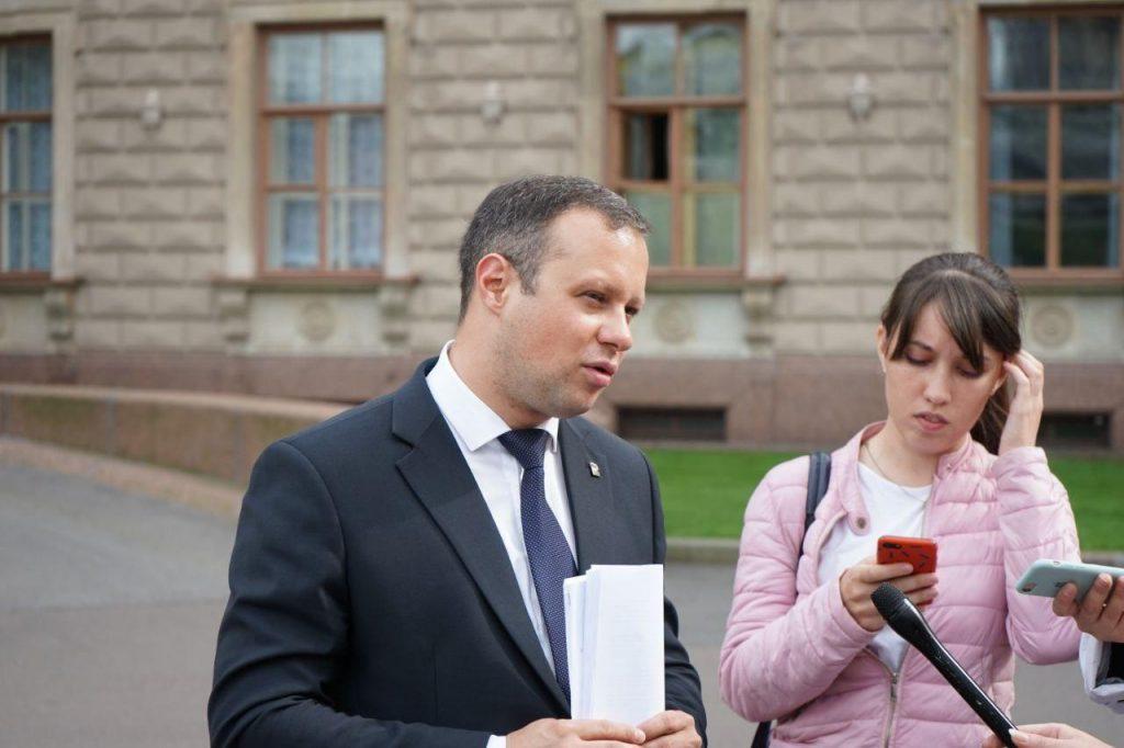 В Петербурге могут продлить продажу алкоголя до 23 часов
