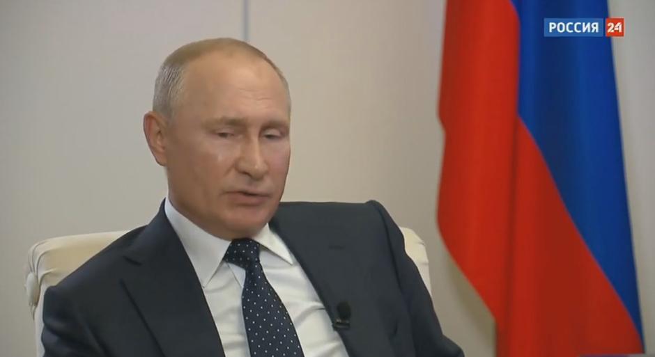 Путин окажет адресную поддержку безработным в России