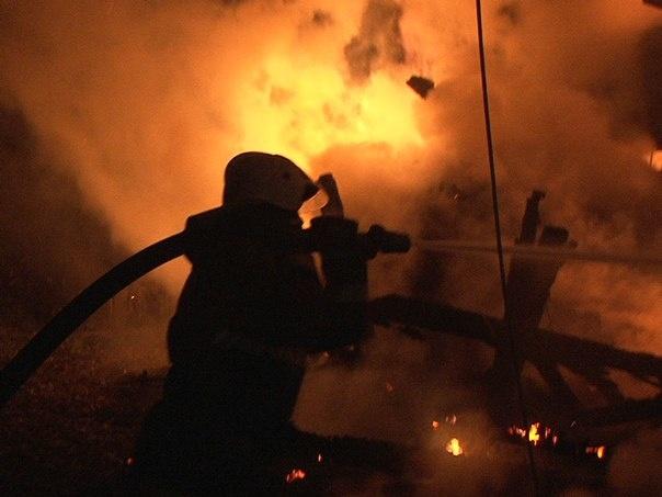 На Петроградской горит ресторан «Паруса», ранг пожара повысили до №2-Бис