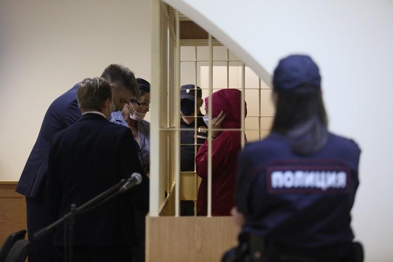 «Она сама обратилась в полицию»: защита вдовы Энди Картрайта обжаловала ее арест