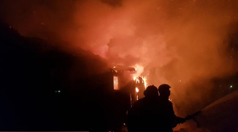 В Большом Логе сгорела дача — в Ленобласти вторая за сутки