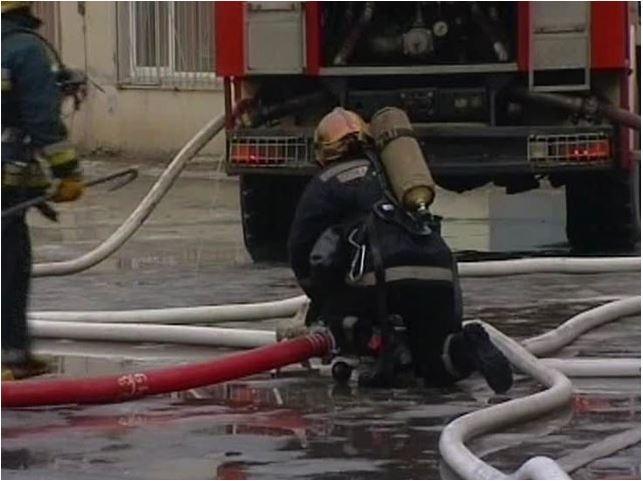 Из горящего дома  в Шлиссельбурге эвакуировали 15 человек