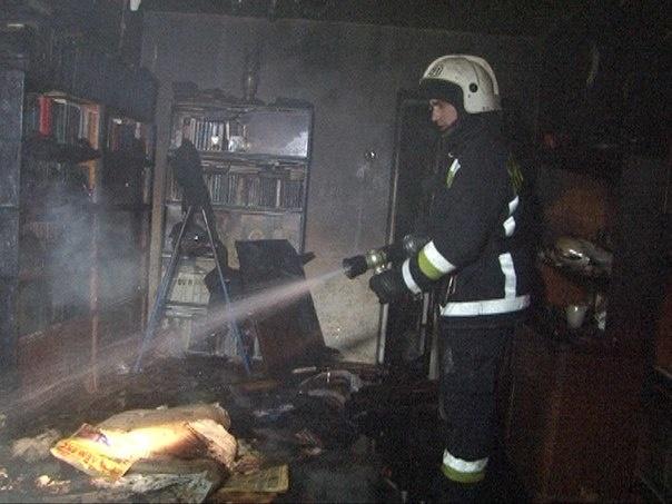 В результате пожара на улице Зины Портновой госпитализирован 1 человек