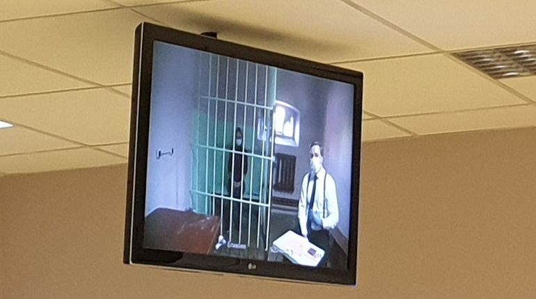 В Петербурге суд рассматривает жалобу на заключение под стражу вдовы рэпера Картрайта