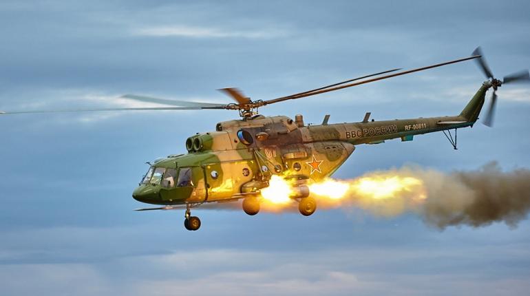 В Ленобласти летчики ЗВО отработали тактику вертолетных засад