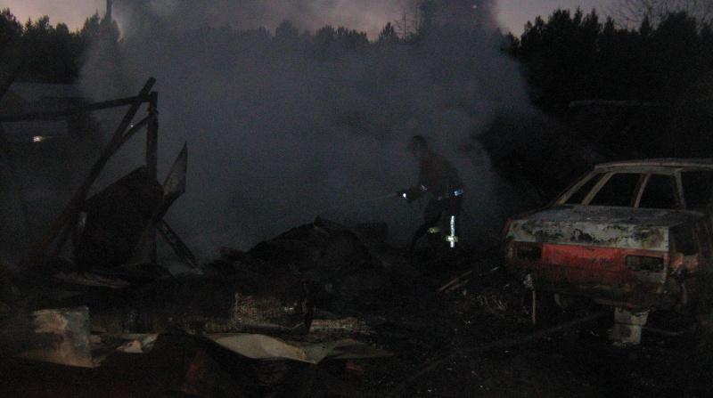 Под Керро 12 пожарных ночью тушили баню