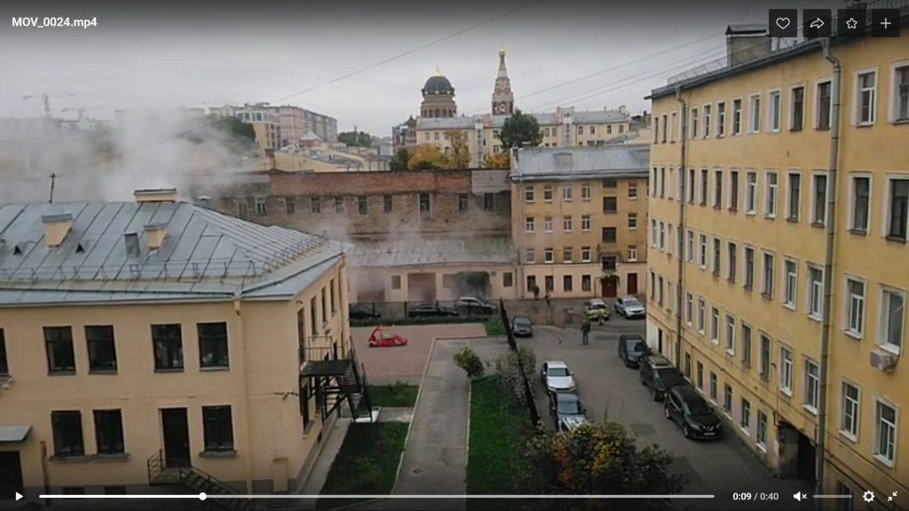 Теплосеть начала устранять прорыв на улице Егорова