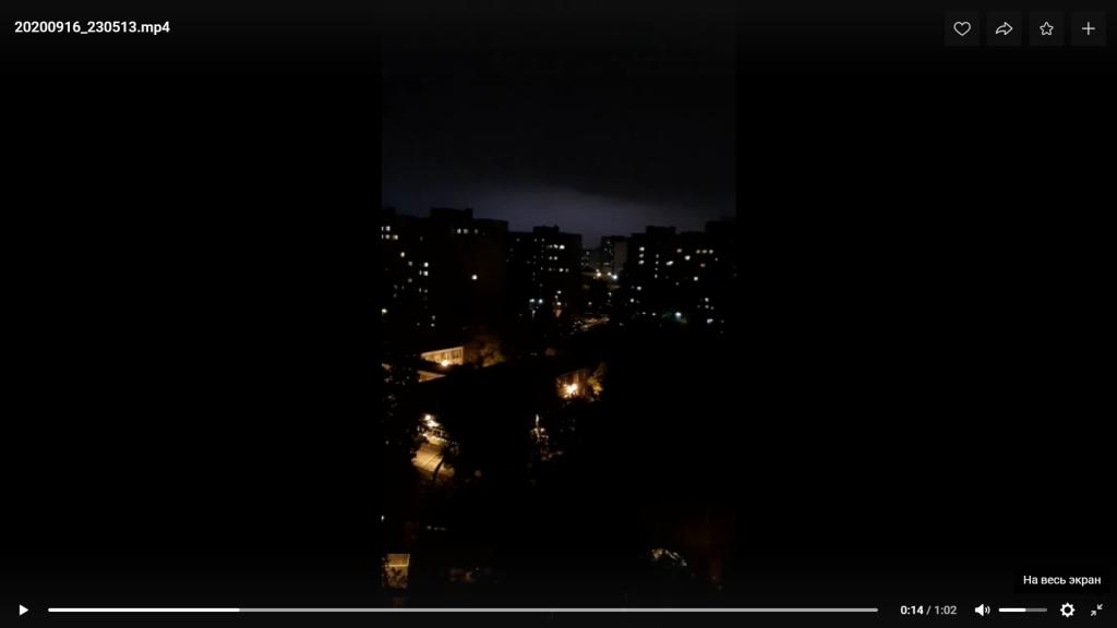 Ночная гроза в Петербурге ошеломила пользователей Сети, но впереди еще один шторм
