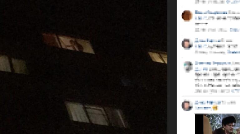 Голый мужчина звал на помощь из окна дома на Турку