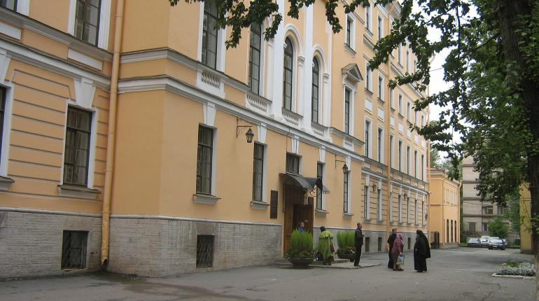 В Петербургской духовной академии ввели карантин из-за COVID-19