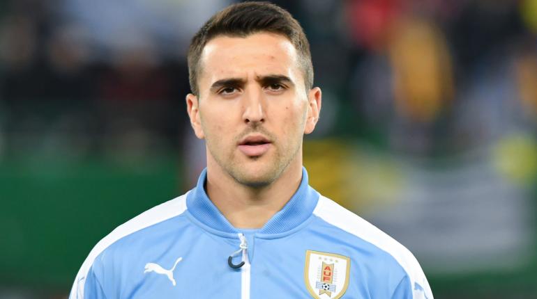 «Зениту» предлагают полузащитника сборной Уругвая