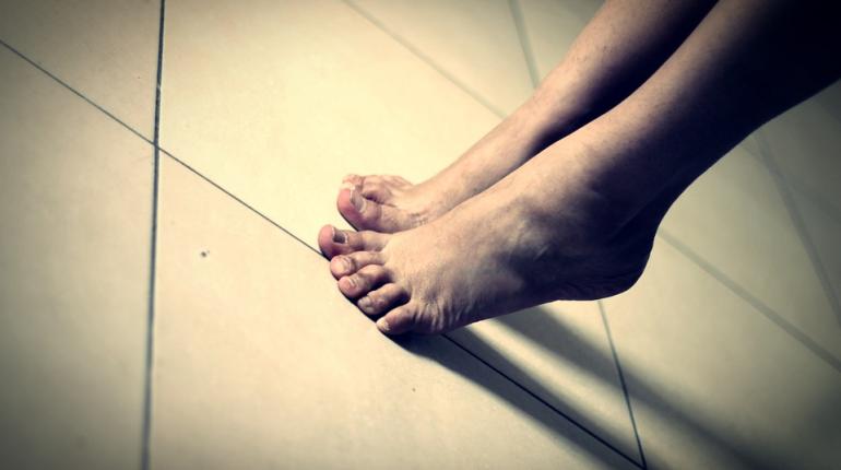 Ученые узнали, что ходьба на цыпочках помогает похудеть
