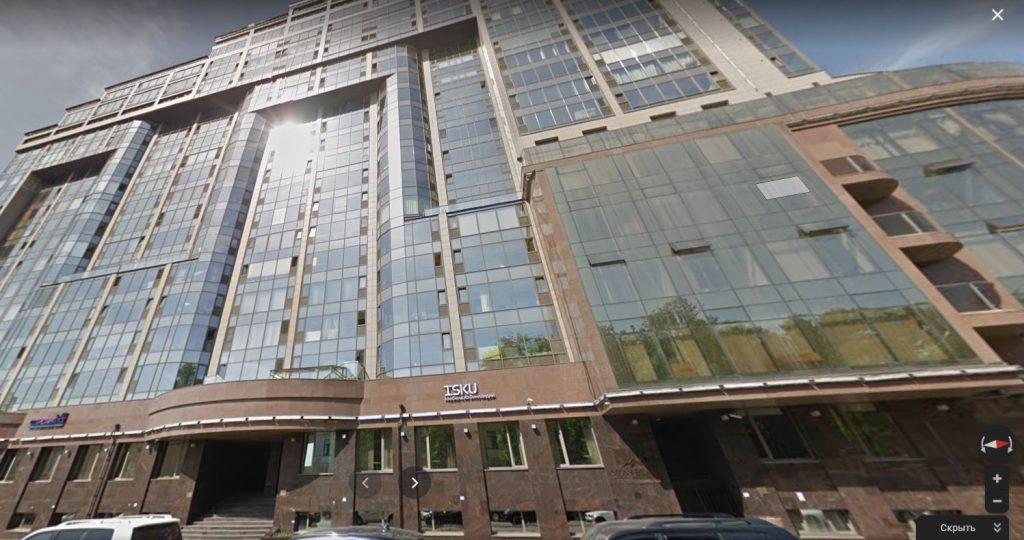Бизнес-центр «Монблан» Банка «Советский» в центре Петербурга выставили на торги