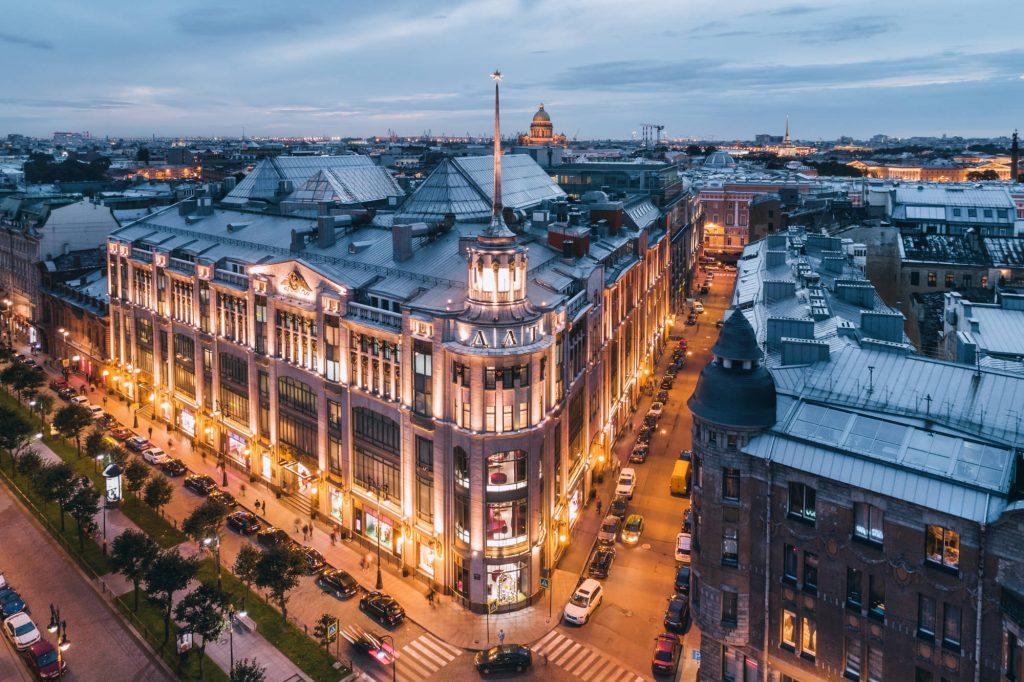 Элитная торговля: перезагрузка. Что в Петербурге потеряют богатые, и обретут бедные