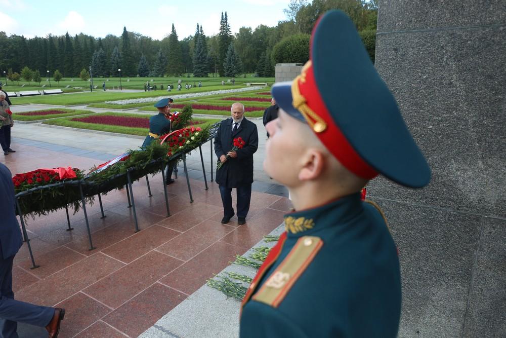 Петербуржцы почтили память жертв Блокады Ленинграда