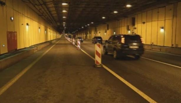 Ремонт дороги в тоннеле дамбы ограничит движение. Фото: Дирекция КЗС