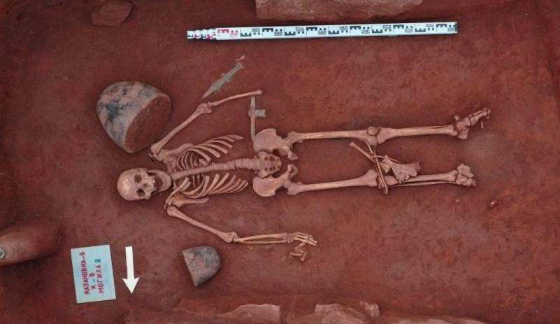 Сибирские археологи в Хакасии обнаружили могильник эпохи раннего железа
