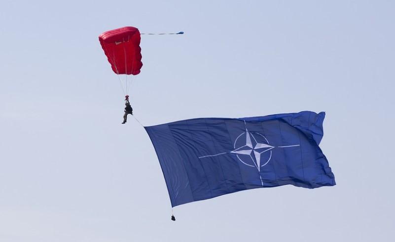 Россия заявила об усилении активности НАТО в 20 км от госграниц