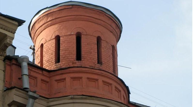 В Петербурге восстановят башенку Дома причта до конца 2020 года