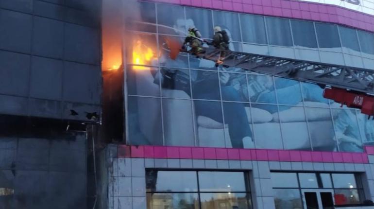 МЧС ликвидировало пожар в центре Новосибирска