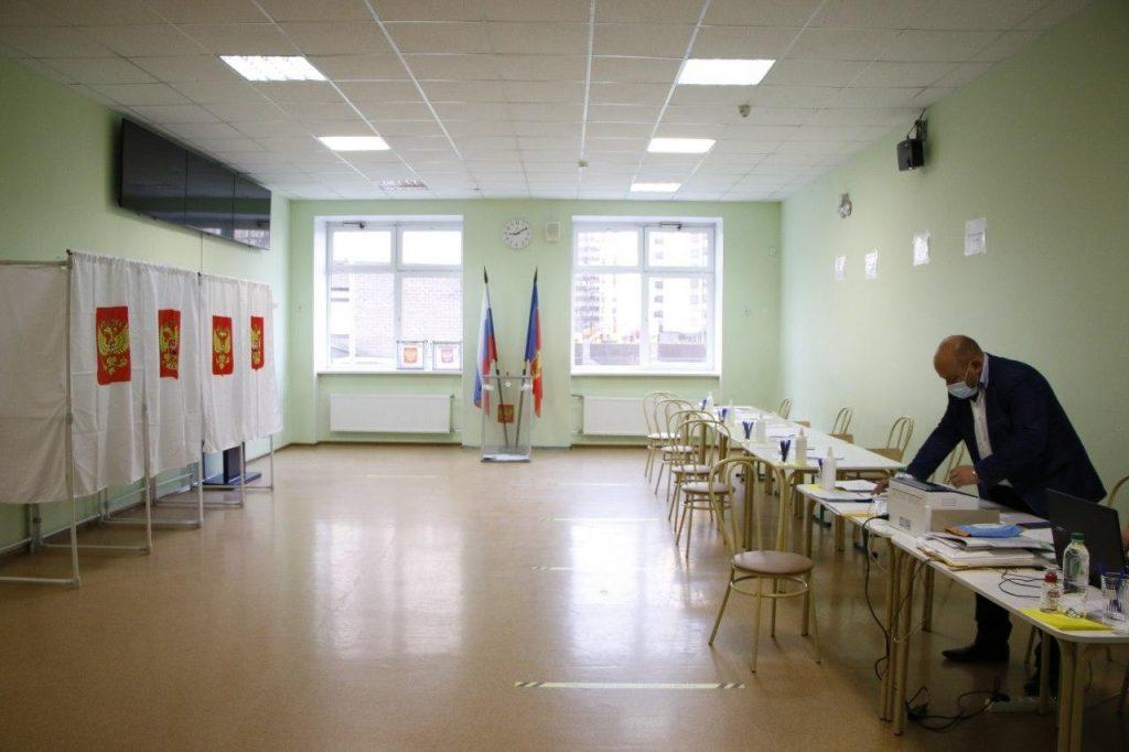 На УИК Кудрово снова пытались сделать фейк о вбросах, вот как это было